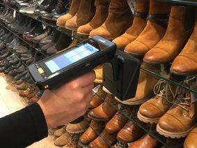 Neuer Identifikationsstandard macht Schuhpaare automatisch unzertrennlich